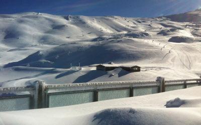 Aprende o mejora tu técnica con nuestras clases de snow en Sierra Nevada